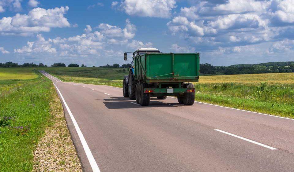 Cerfrance-Cotes-armor-comptabilite-conduite-tracteur-route